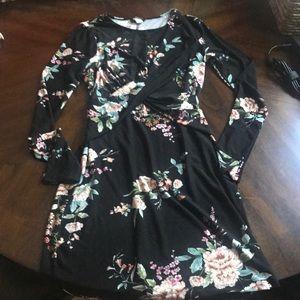 Long sleeve bodycon floral dress